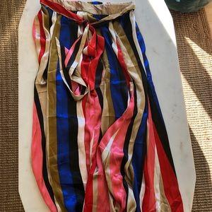 3/20$ Striped satiny midi skirt